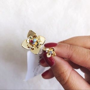 Ann Taylor Gold Flower Open Circle Wrap Ring